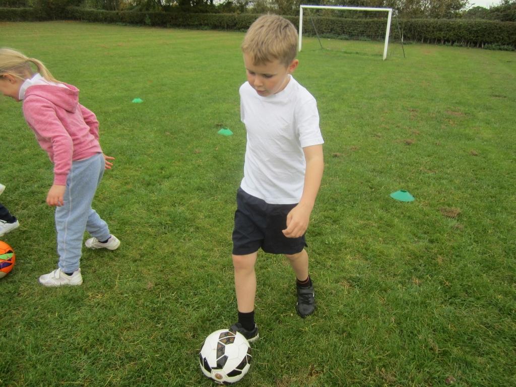 KS1 Football Skills (1)