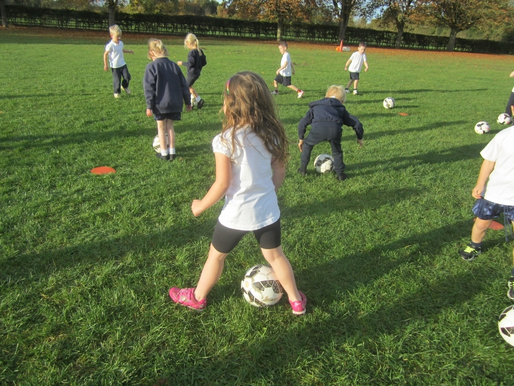 KS1 Football Skills (7)