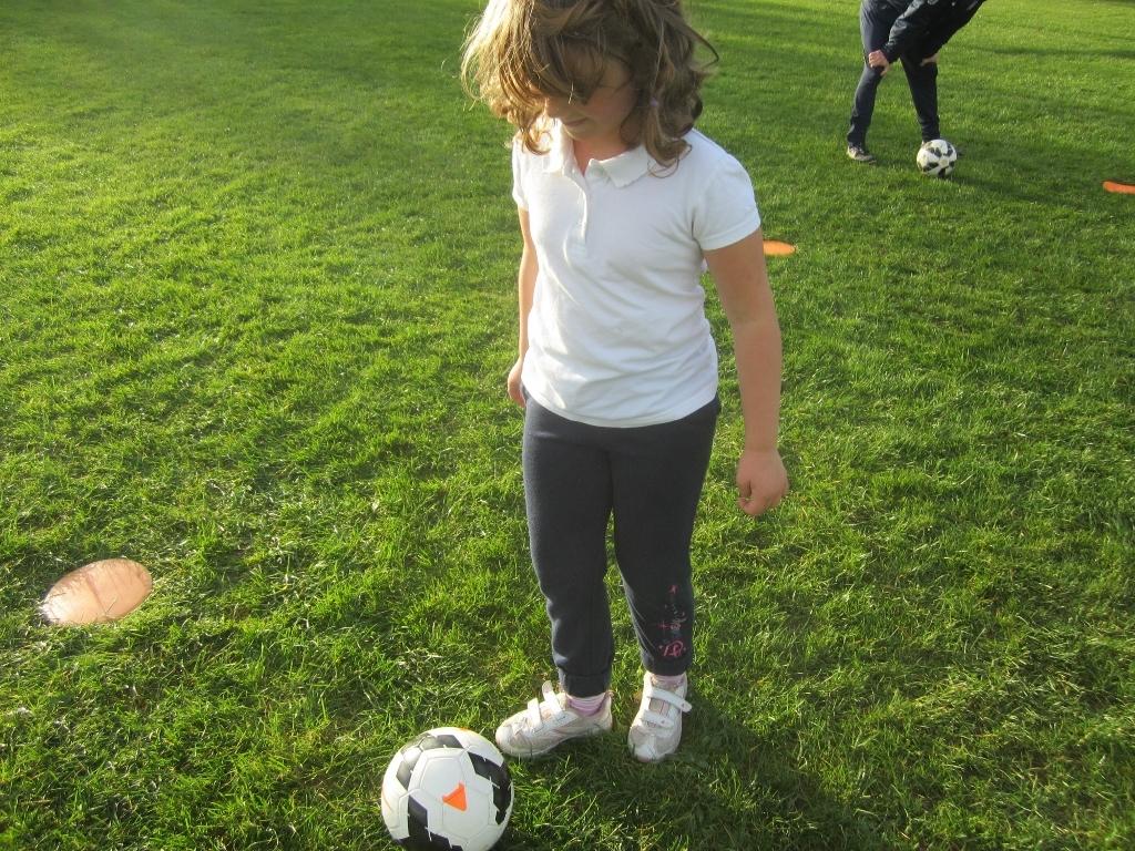 KS1 Football Skills (8)