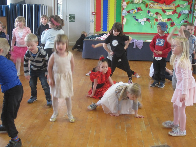 dance for sport relief-org by sch sports council2
